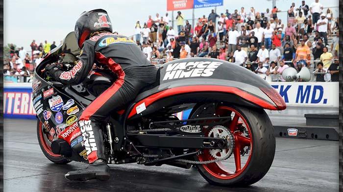Motorcycle racing at Bob's BMW